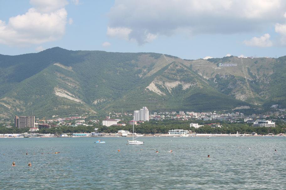 Пляжи и море Геленджика