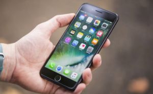 Какой бренд смартфона выбрать и где найти айфон 8?
