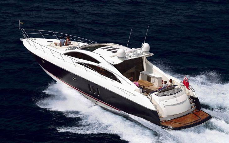 На арендованной яхте в Черное море: роскошный отдых в Сочи